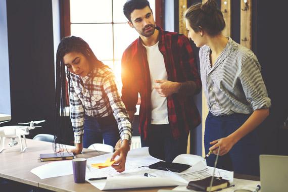 Підбір і навчання маркетингового персоналу